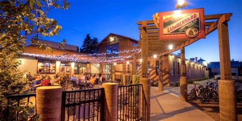 5 Reasons The Lumberyard is Actually the ~Coolest~ Bar in